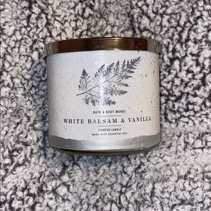 ✨White Balsam and Vanilla 3 Wick Candle✨